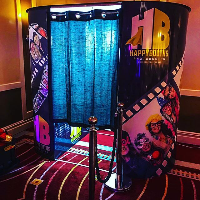 Premier Booth by Happy Booths