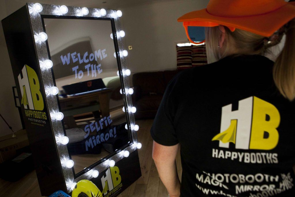 Selfie Mirror by Happy Booths